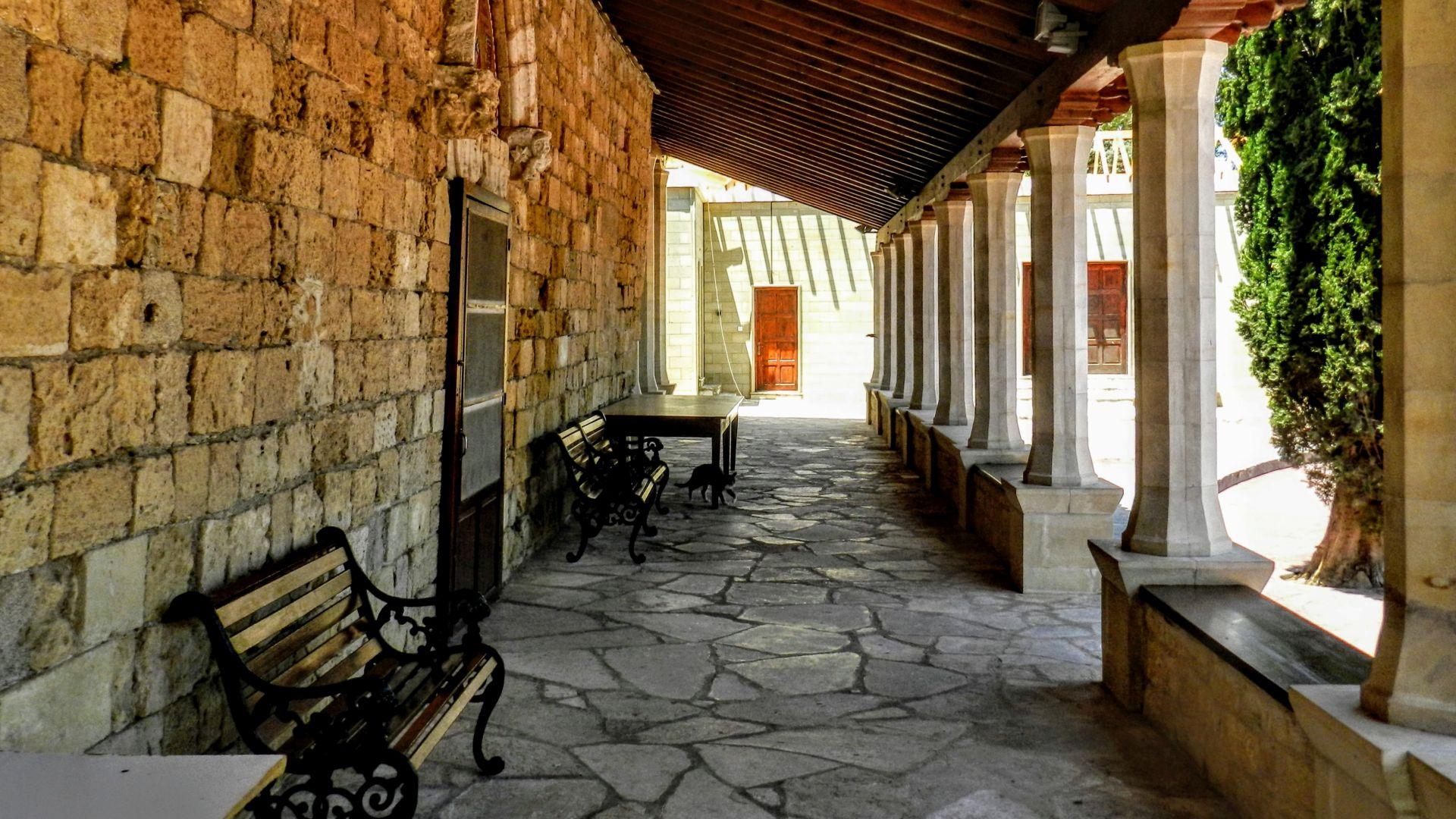 Klasztor Agios Nikolaos ton Gaton
