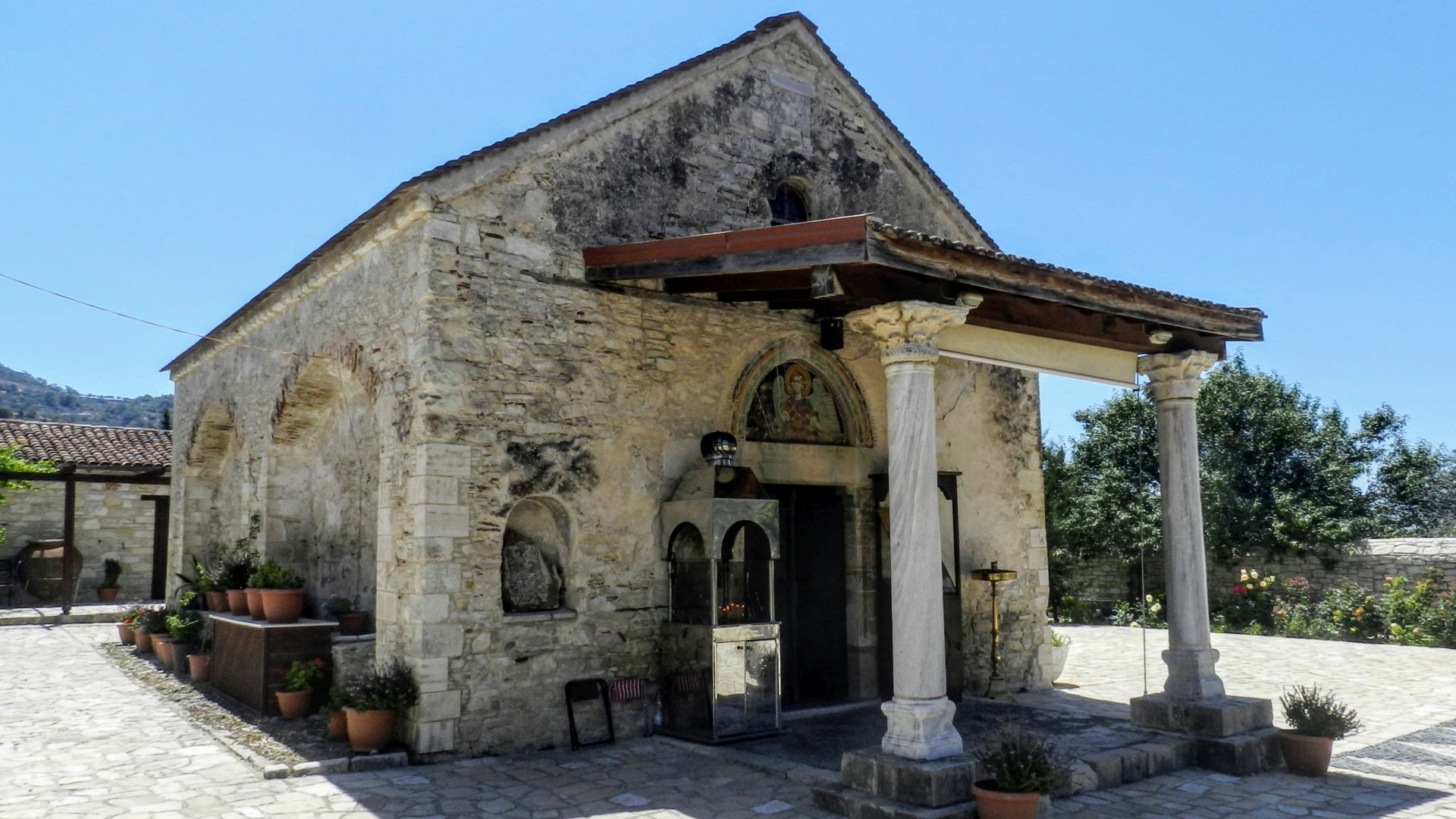 Cypr - Archangelos Michael Monastery