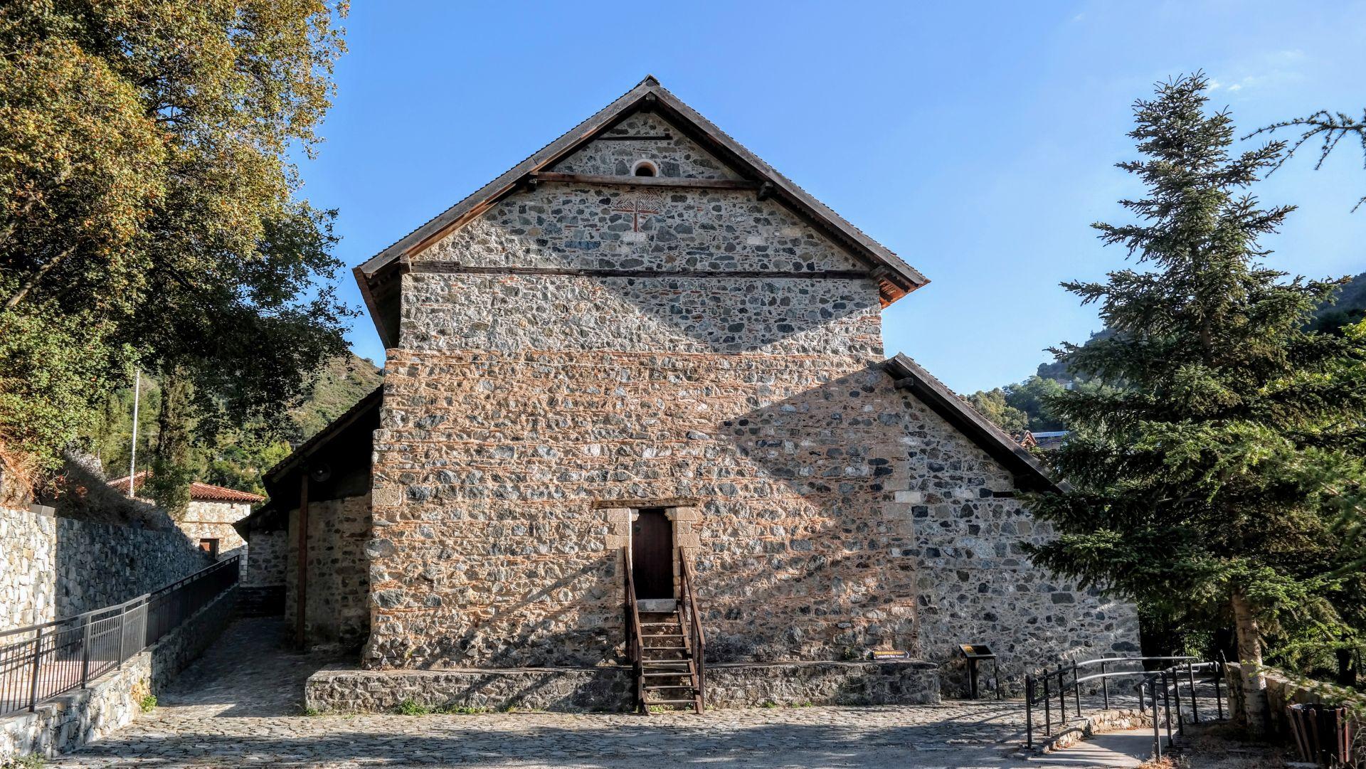 Klasztor Agios Ioannis Lampadistis